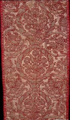 Image for Brocaded velvet piece of red pile and boucle gold thread with cloth-of-gold ground